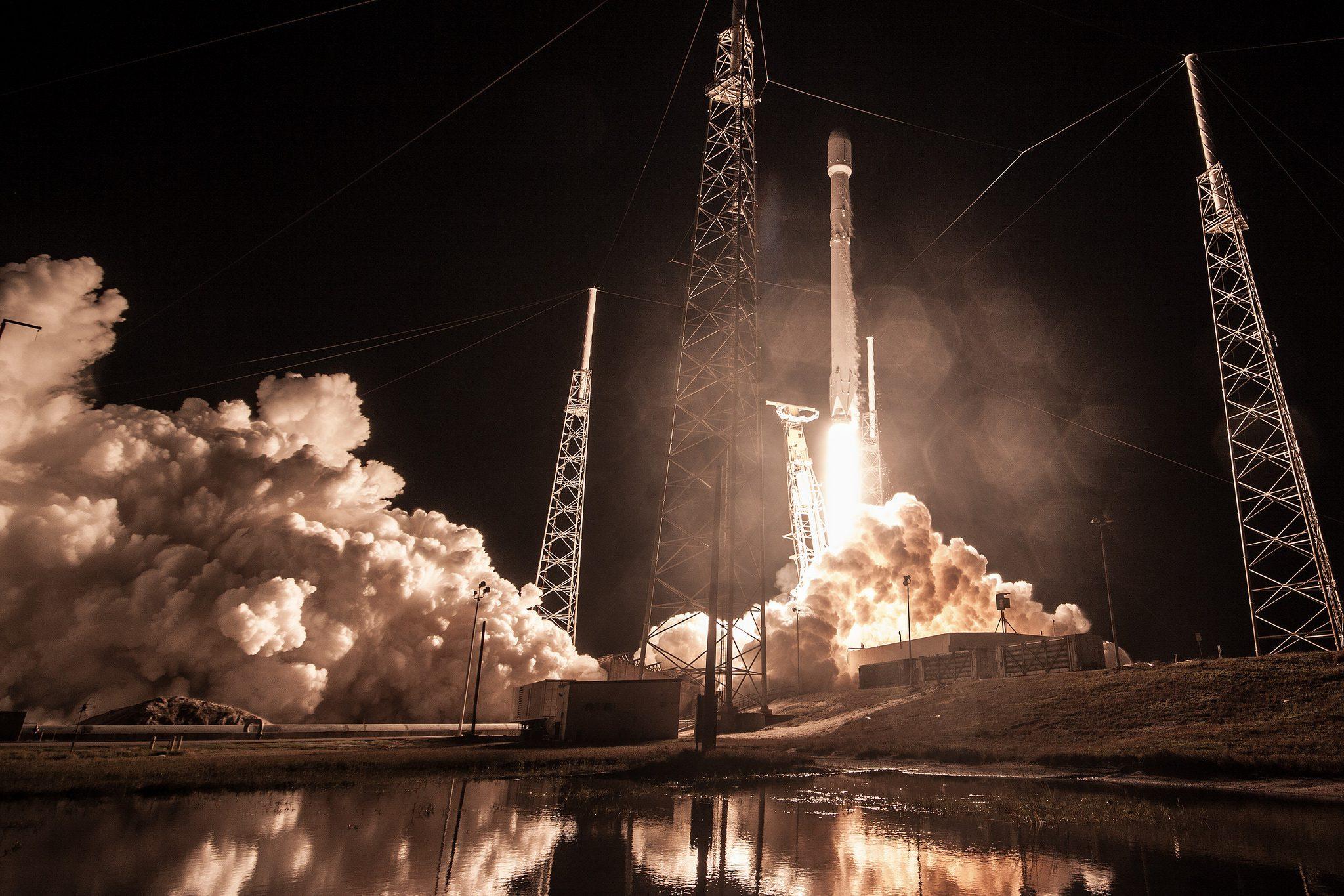 Запуск Falcon 9 с миссией Zuma